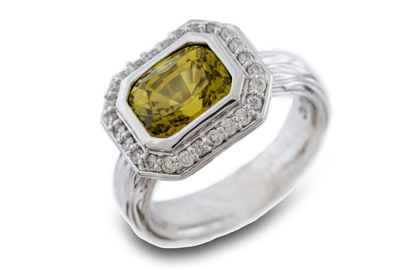 Chrysoberyl & Diamond Ring